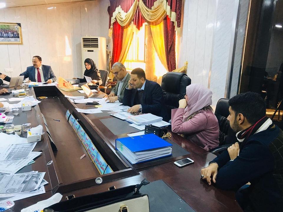 لجنة وزارية تزور كليات المجموعة الطبية بجامعة المثنى